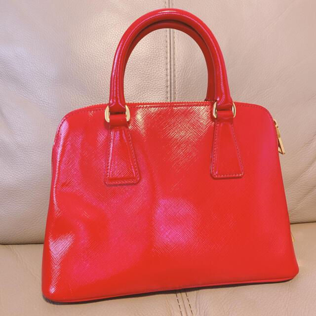 PRADA(プラダ)のPRADA プラダ サフィアーノ レッド ショルダー レディースのバッグ(ショルダーバッグ)の商品写真