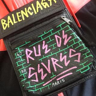 Balenciaga - バレンシアガエクスプローラー グラフィティーレザーポー
