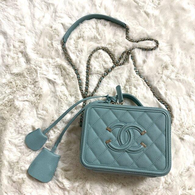 CHANEL(シャネル)の美品!シャネル☆CCフィリグリー☆バニティバッグ☆ショルダー☆バッグ レディースのバッグ(ショルダーバッグ)の商品写真