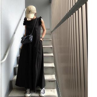 【birthday bash】ショルダーフリルロンパース ブラック(オールインワン)