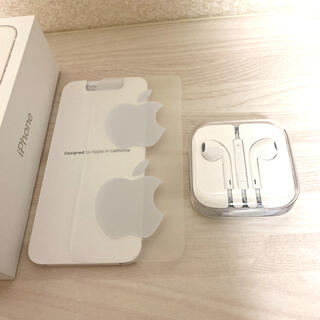 アップル(Apple)の【新品未使用】iPhone  純正イヤホン Apple   純正品(ヘッドフォン/イヤフォン)