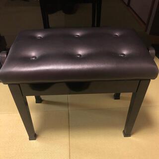 ピアノ椅子 (ピアノ)