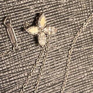 ティファニー(Tiffany & Co.)のティファニービクトリアペンダント ミディアム(ネックレス)