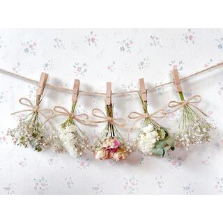 パステルピンクのバラとかすみ草のホワイトドライフラワーガーランド♡スワッグ♡(ドライフラワー)