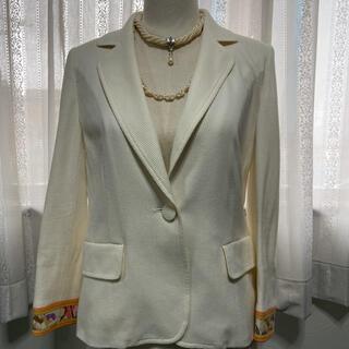 レオナール(LEONARD)のさき様専用 LEONARDの オフホワイトの素敵なスーツ(スーツ)