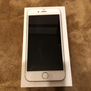 エーユー(au)のiPhone6 シルバー au 16GB(スマートフォン本体)