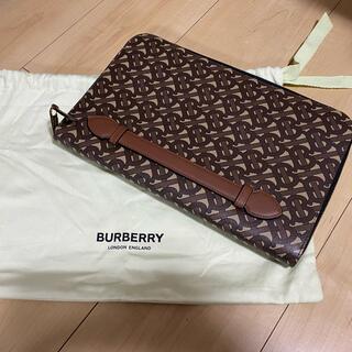 バーバリー(BURBERRY)のBurberry モノグラムクラッチバッグ(クラッチバッグ)