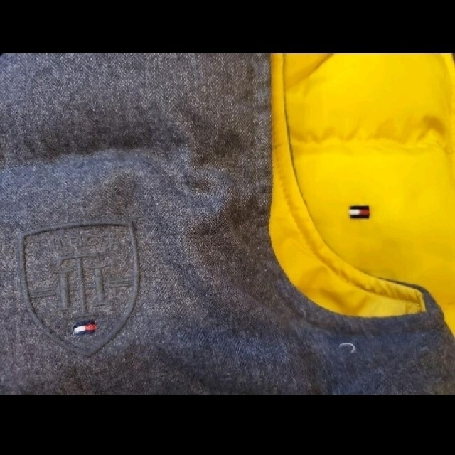 TOMMY HILFIGER(トミーヒルフィガー)のトミーヒルフィガー ダウンベスト 105cm 110cm 双子 キッズ/ベビー/マタニティのキッズ服男の子用(90cm~)(ジャケット/上着)の商品写真
