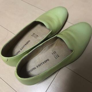 トゥモローランド(TOMORROWLAND)のギャルリーヴィー スリッポン(ローファー/革靴)