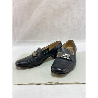 フェラガモ(Ferragamo)のMi4002フェラガモローファー6-1/2(6.5)(ローファー/革靴)