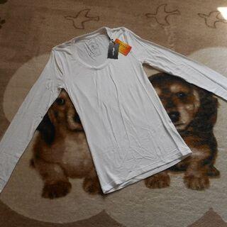 イング(INGNI)の新品タグ付*INGNI・イング*長袖Tシャツ(M)¥1995(Tシャツ(長袖/七分))