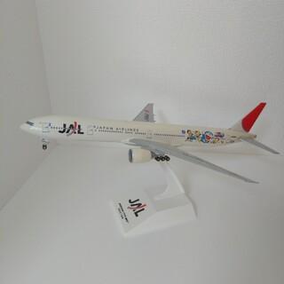 ジャル(ニホンコウクウ)(JAL(日本航空))のJAL BOEING 777-300 ドラえもんジェット scale 1:200(航空機)