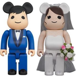 メディコムトイ(MEDICOM TOY)のBE@RBRICK グリーティング 結婚 4 PLUS 400%(ぬいぐるみ)