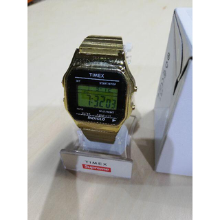 Supreme - Supreme / Timex Digital Watch