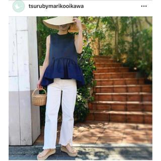ツルバイマリコオイカワ(TSURU by Mariko Oikawa)のツルバイマリコオイカワ ペプラムトップス ネイビー サテン(カットソー(半袖/袖なし))