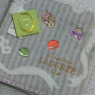 ラデュレ(LADUREE)のラデュレ☆大判タオルハンカチ(ハンカチ)