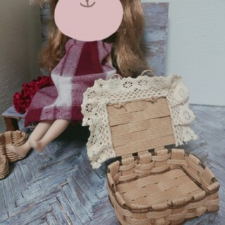 ☆sale☆ハンドメイド 小さなトランク♪ お人形用 インテリアに(その他)