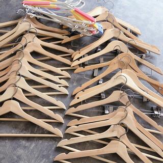 オオツカカグ(大塚家具)の高級ハンガーセット(押し入れ収納/ハンガー)