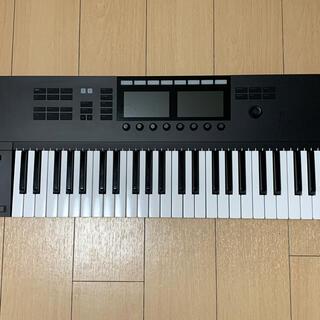 KOMPLETE KONTROL S49 MK2(MIDIコントローラー)