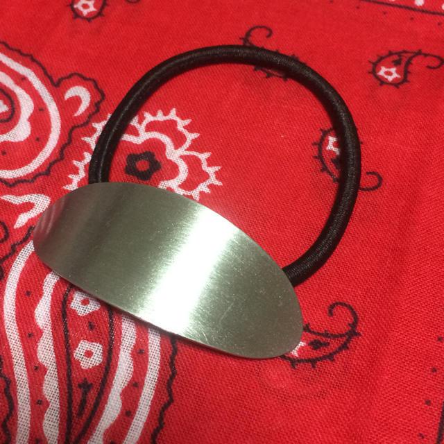 最安値*シルバーヘアカフス レディースのヘアアクセサリー(ヘアゴム/シュシュ)の商品写真
