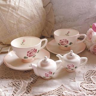 ローラアシュレイ(LAURA ASHLEY)のお値下げ新品♡マニー♡ローズカップソーサーとスパイスセット陶器イマン薔薇雑貨(食器)