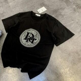 クリスチャンディオール(Christian Dior)の立体刺繡文字ロゴTシャツ(Tシャツ/カットソー(半袖/袖なし))