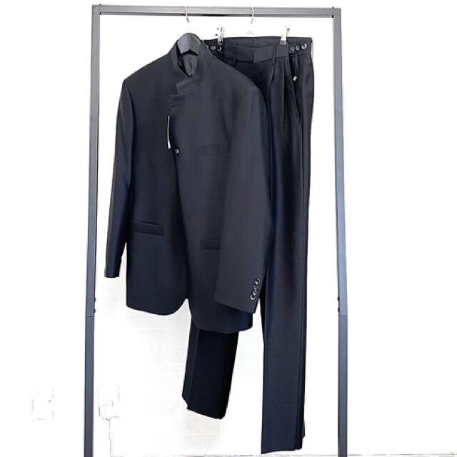 ISSEY MIYAKE(イッセイミヤケ)のstand collar set up made Italy  メンズのスーツ(セットアップ)の商品写真