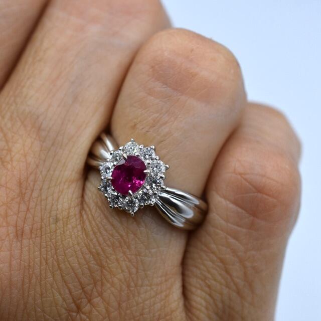 pt900 プラチナ ルビー ダイヤモンド リング【ソーティング付】 レディースのアクセサリー(リング(指輪))の商品写真