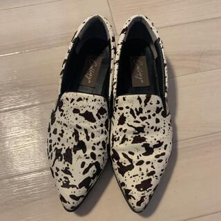 トゥモローランド(TOMORROWLAND)のCallipigia/カッリピージャ アニマル柄フラットシューズ(ローファー/革靴)