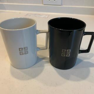 ジバンシィ(GIVENCHY)のジバンシー  ペアマグカップ ホワイト ブック(グラス/カップ)