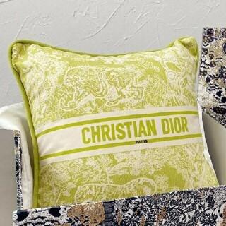 クリスチャンディオール(Christian Dior)の美品 Christian Dior 抱き枕 5(枕)