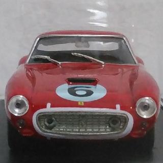 フェラーリ(Ferrari)のFerrari250GT/SWB  1/43スケールモデル(ミニカー)