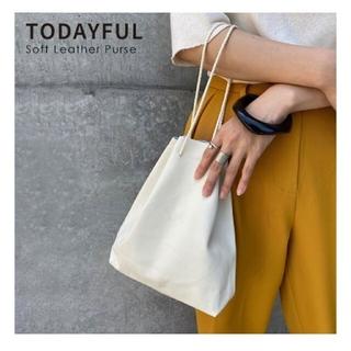 トゥデイフル(TODAYFUL)の激レア 新品タグ付 todayful ソフトレザー巾着バッグ トゥデイフル(ハンドバッグ)