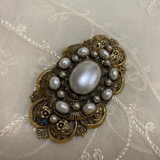 グリモワール(Grimoire)のKIKOさま専用♦︎アンティーク真珠飾りゴールドブローチ特大(ブローチ/コサージュ)