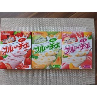 ハウスショクヒン(ハウス食品)のフルーチェ6箱【なおこ様専用】(菓子/デザート)