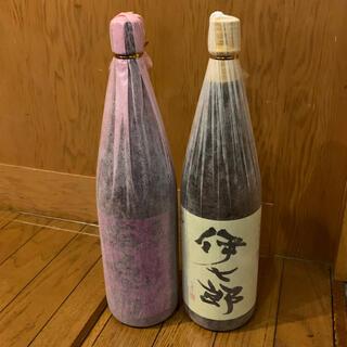 志村けんさんの愛した 伊七郎(新品) 赤兎馬 芋焼酎 1800cc (焼酎)