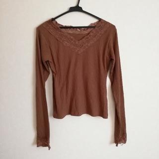 フーズフーチコ(who's who Chico)のブラウンのレースリブTシャツ(Tシャツ(長袖/七分))