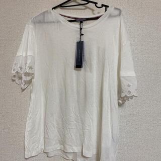 トミーヒルフィガー(TOMMY HILFIGER)のトップス トミーヒルフィガー Tシャツ 新品未使用 タグ付き(Tシャツ(半袖/袖なし))