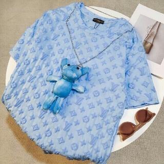 ルイヴィトン(LOUIS VUITTON)のファッションエンボスロゴ半袖(Tシャツ(半袖/袖なし))