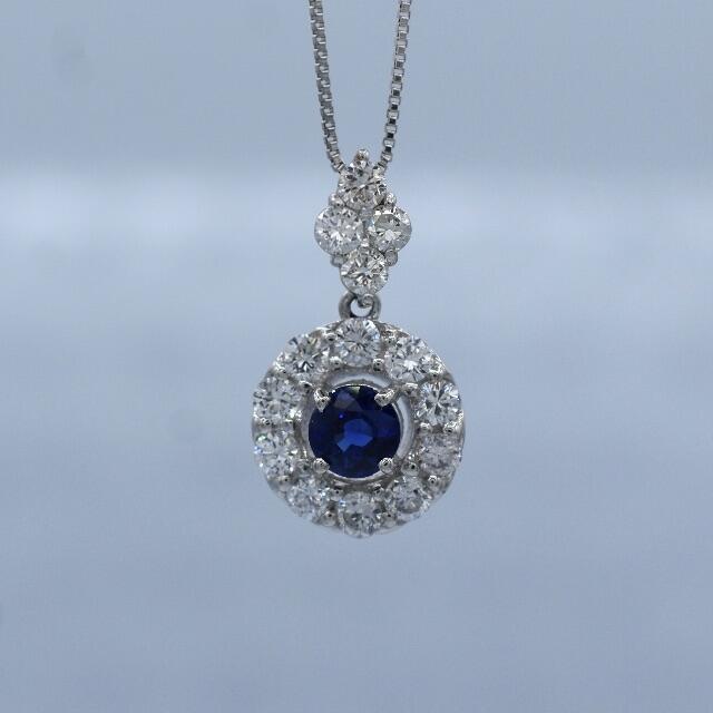 Pt950 プラチナ サファイア ダイヤモンド 取り巻き ペンダント ネックレス レディースのアクセサリー(ネックレス)の商品写真