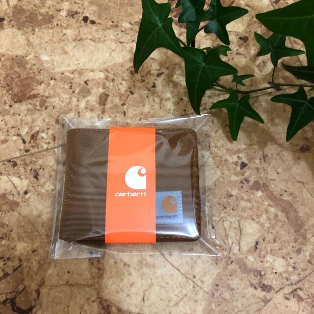 carhartt(カーハート)の【新品未使用】Carhartt カーハート 財布 茶色 キャメル  二つ折り メンズのファッション小物(折り財布)の商品写真