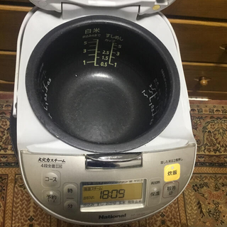 炊飯器National SR-SE101-S(即日発送)(炊飯器)