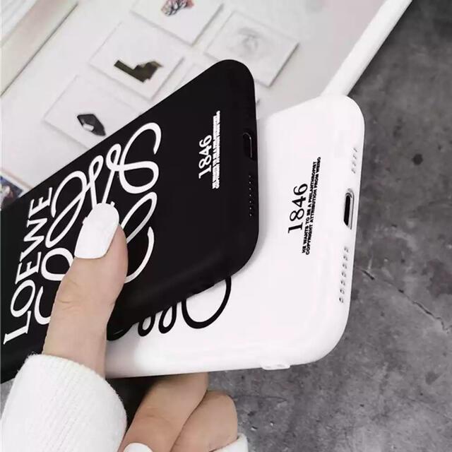 ZARA(ザラ)のiPhone11ケース スマホ/家電/カメラのスマホアクセサリー(iPhoneケース)の商品写真