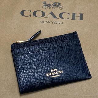 コーチ(COACH)の新品 コーチ コインケース ブラック シンプル キーリング付き(コインケース/小銭入れ)