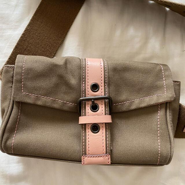 agnes b.(アニエスベー)のAgnes b アニエスベー ボディバッグ レディースのバッグ(ボディバッグ/ウエストポーチ)の商品写真