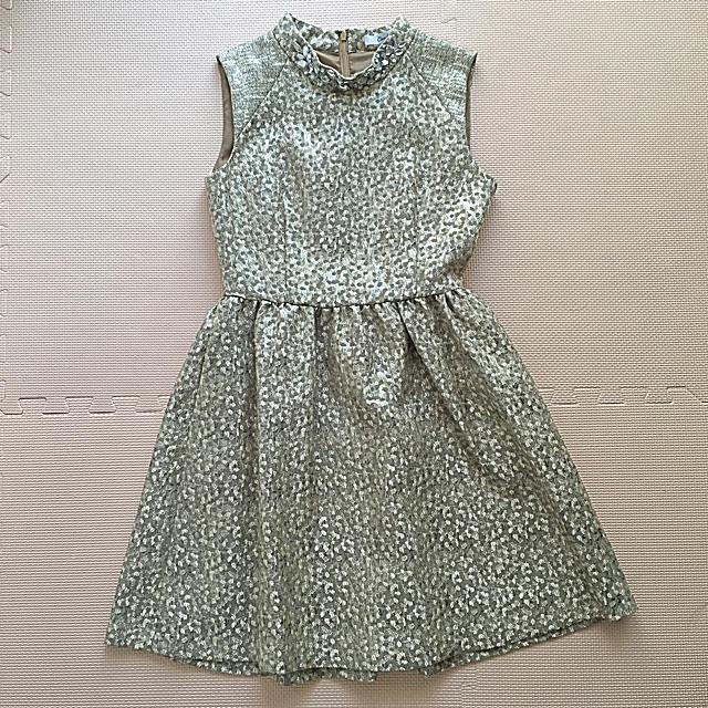 CROON A SONG(クルーンアソング)のCROON A SONG ビジュー付ドレス シャンパンゴールド 美品 レディースのフォーマル/ドレス(ミニドレス)の商品写真