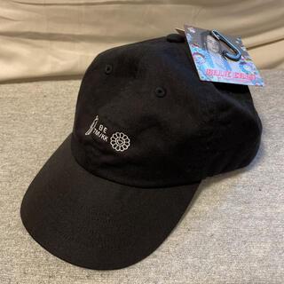 ユニクロ(UNIQLO)のユニクロ × ビリーアイリッシュ × 村上隆 帽子 花 Cap キャップ(キャップ)