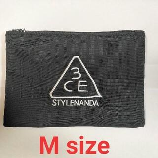 スタイルナンダ(STYLENANDA)の【正規品・新品未使用】韓国ブランド 3CE フラットポーチ M(ポーチ)