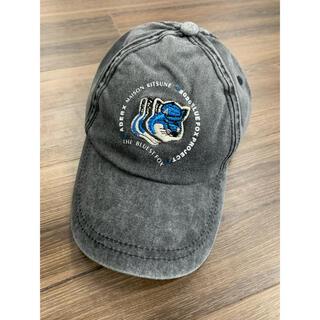 メゾンキツネ(MAISON KITSUNE')のMAISON Kitsuné アーダーエラー キャップ 帽子 ワッペン ロゴ(キャップ)