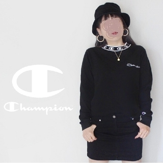 Champion - 【激かわ♡】Champion 黒 ✖ 白 ハイネック 刺繍 ロンT 長袖Tシャツ